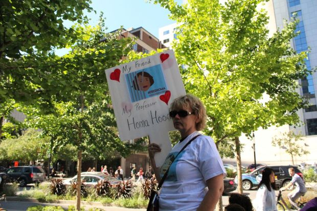Former student of Hoodfar, Fay Devlin, stands in solidarity for her release. Photo by Alex Hutchins.