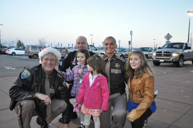 """The 14th Annual Kitsap County """"Shop With A Cop."""""""