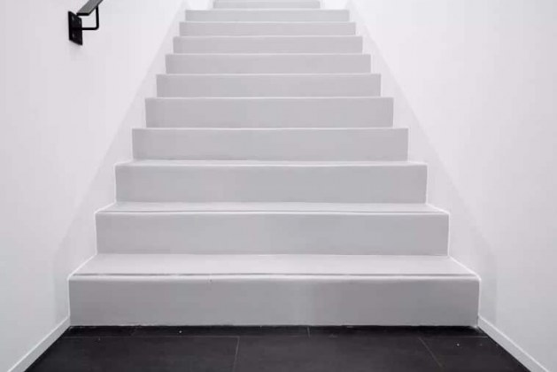 Requirements of Staircases – General Guidelines about Heights, Headroom, Treads, and Risers