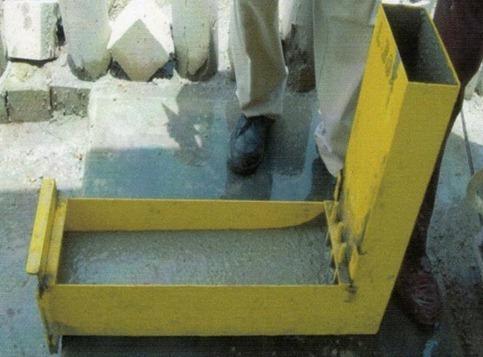 L Box Test on Self Compacting Concrete