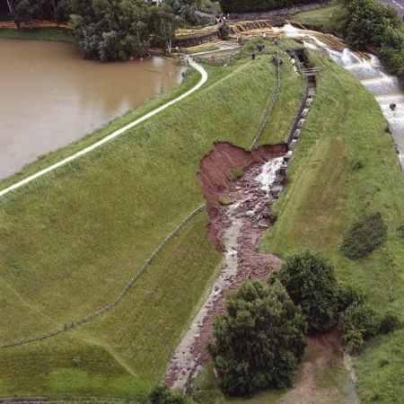 Erosion Overflow of Spillway