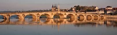 Joigny Bridge Built Using High Performance Concrete