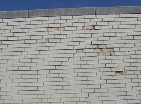 Effect of freezing and thawing cycles on masonry member