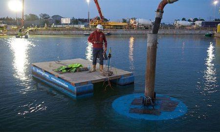 underwater concreting using Quick setting cement