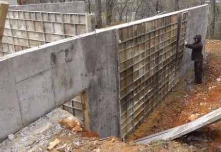 stripping Formworks of Concrete Walls