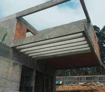 Cantilever Beams in Buildings