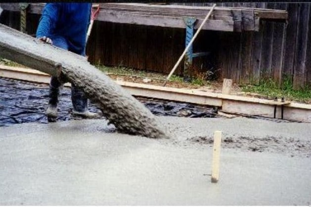 Different Test Methods For Workability of Self Compacting Concrete [PDF]