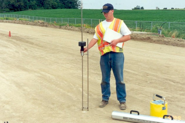 What is Dynamic Cone Penetrometer(DCP)? [PDF]