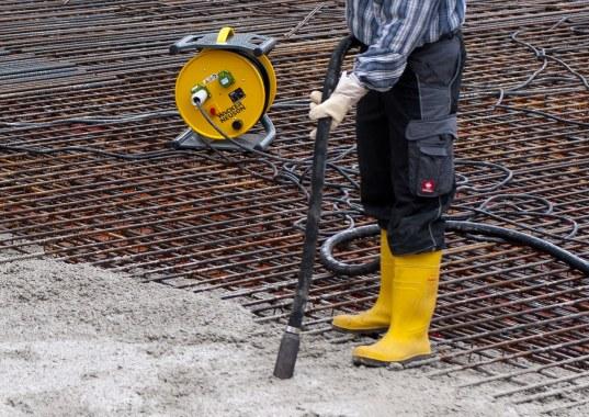How to Vibrate Concrete Properly-Image CourtesyWacker_Neuson_Innenrüttler_IREN