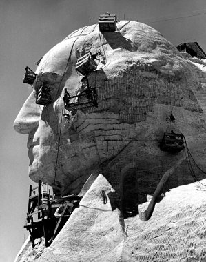 Use of Winches in the construction of Mount Rushmore Monument
