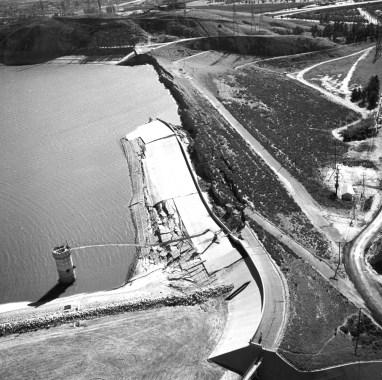 Hydraulic fill reservoir in San Fernando, California