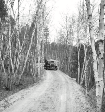making roads to reach the site of Mount Rushmore during construction of the monument