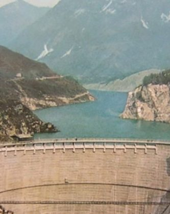 High double-arched dam across the Vajont River