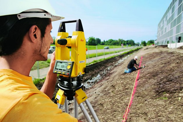 Important Parts and Working of Digital Theodolite