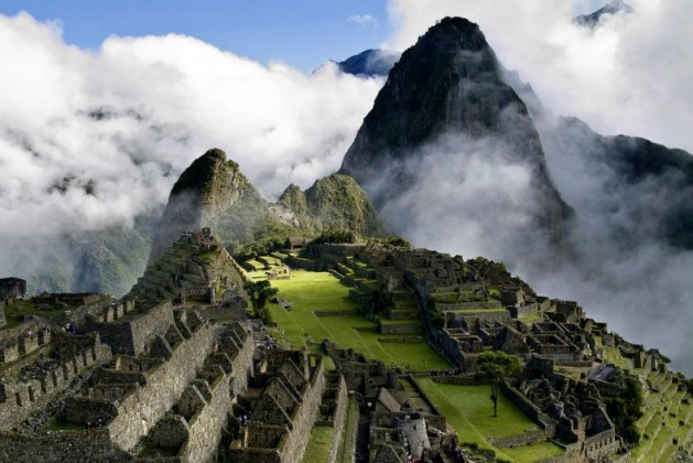 Machu Picchu: Construction of the Lost City of Incas