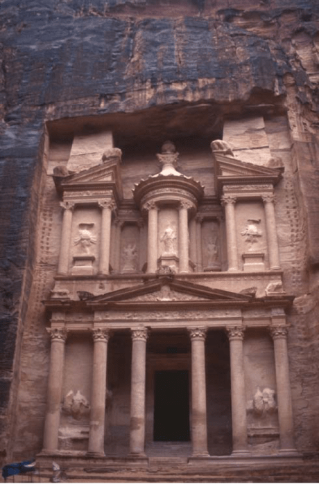 Effect of weathering on the exposed part of the Unaishu Tomb