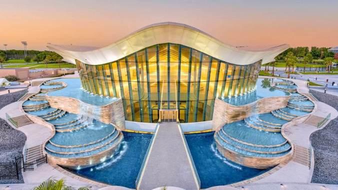 Deep Dive Dubai exterior view