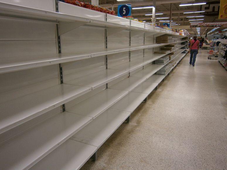 1200px-Escasez_en_Venezuela,_Central_Madeirense_8