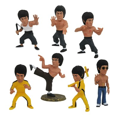 Diamond Select Toys Bruce Lee D-Formz PVC Figure assortment.