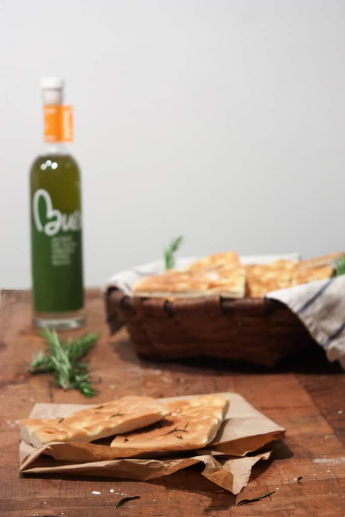 Focaccia de aceite de oliva y romero