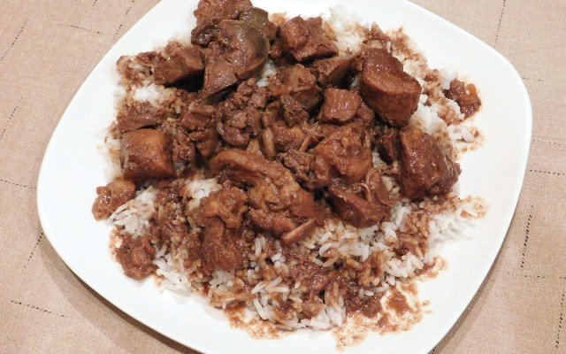 pork and chicken livers adobo with rice