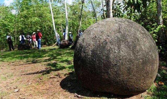 spheres costa rica