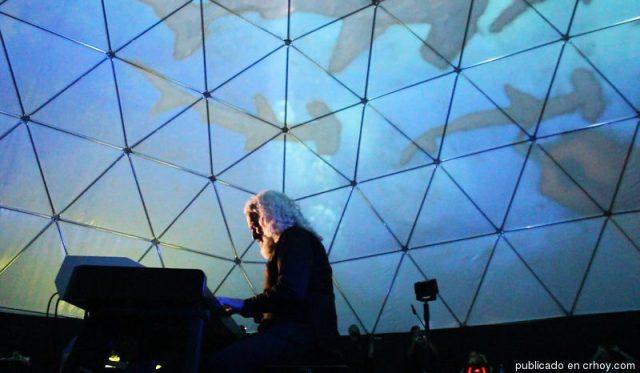 Trance Submarino, pianist Manuel Obregón