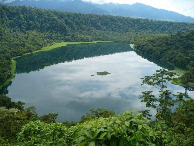 These lagoons in Alajuela are paradisiac sites worth visiting by any tourist.