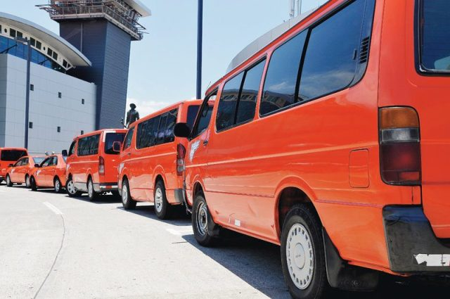 Taxis Airport