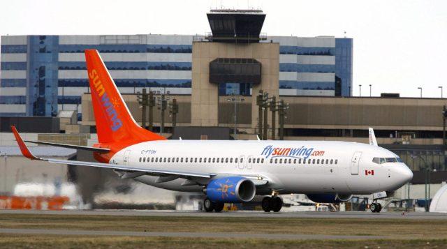 Sunwing Airlines jet