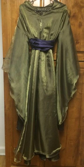 skywalker-padme-dress-and-sash-front-oct-2016