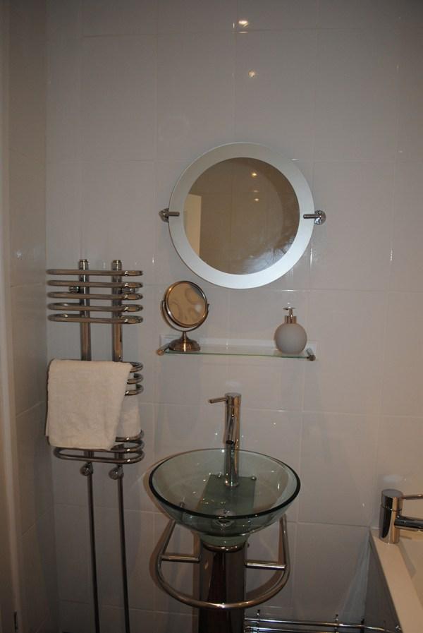 Wharf Family Bathroom