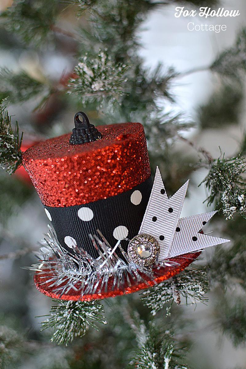 ornament 16