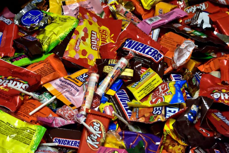 How the candy industry convinced us that #HalloweenisHappening—despite Covid-19