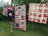 Admiring Deborah's quilt!