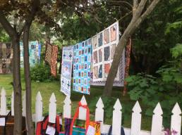 Quilts, gardens and picket fences!
