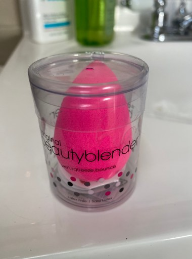 the original beauty blender sponge! five things friday part 25
