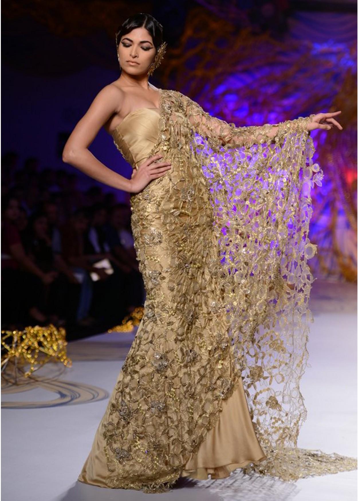GAURAV GUPTA PCJ Couture Week 2013 THE COUTURE CLUB