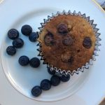 Baled oatmeal-blueberry muffin