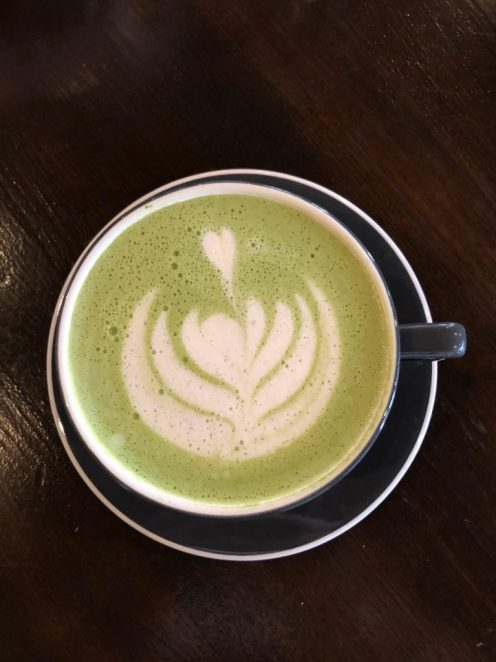 Iconik matcha latte