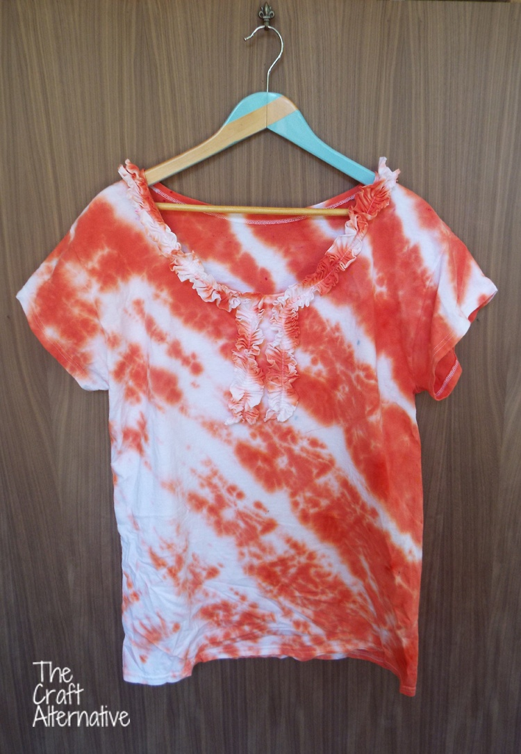 T-Shirt with Ruffles and Tie Dye_Finished View