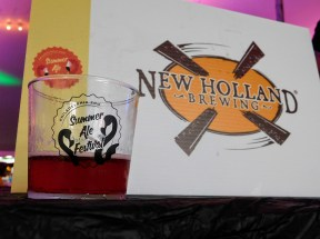 philadelphia-zoo-summer-ale-festival_20180623-193925-new holland passion blaster