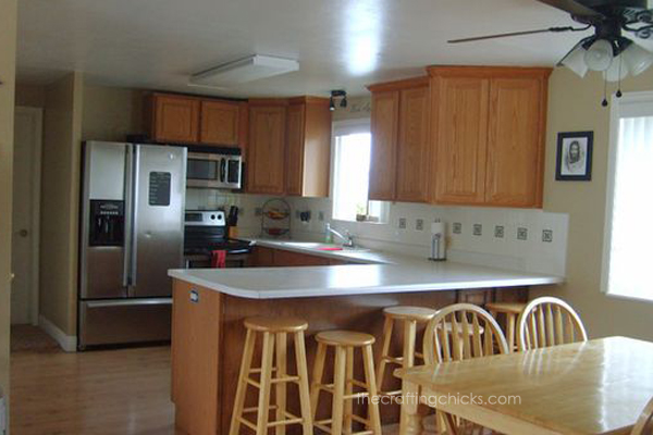 Two Tone Kitchen With Sherwin Williams The Crafting Chicks
