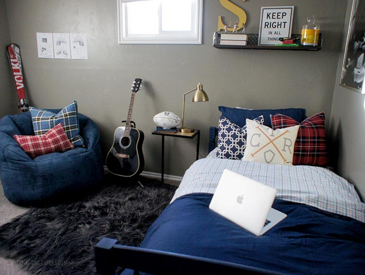 Decorating For A Teen Boy Room The Crafting Chicks