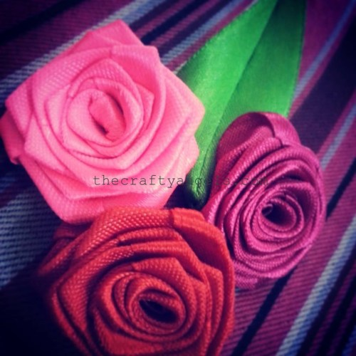 DIY ribbon roses boquet