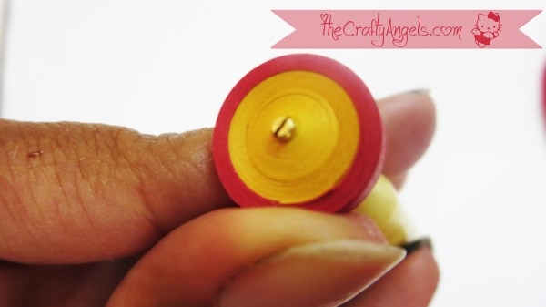 Quilled Malaysian flower tutorial (5)