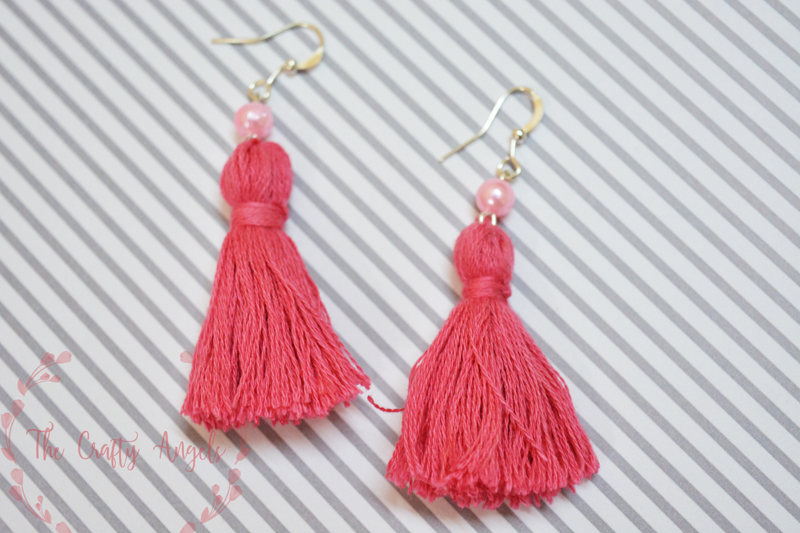 Easy and simple DIY tassel earring tutorial with embroidery threads, earrings diy, diy jewelry, diy accessories, tassel earring, tassel making tutorial, DIY tassel earring tutorial