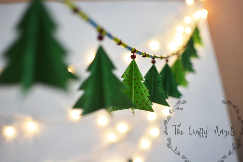 Paper Christmas Tree.Paper Christmas Tree Garland Tutorial The Crafty Angels