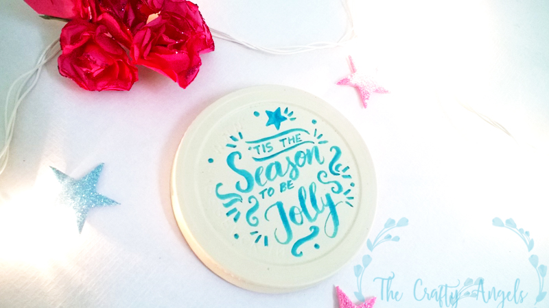 christmas crafts, DIY Jar Lid Christmas Ornaments,christmas tree ornament, DIY jar lid christmas ornament, DIY ornament, tree ornament, recycle ornament, calligraphy, brush calligraphy, handwritten christmas sentiments