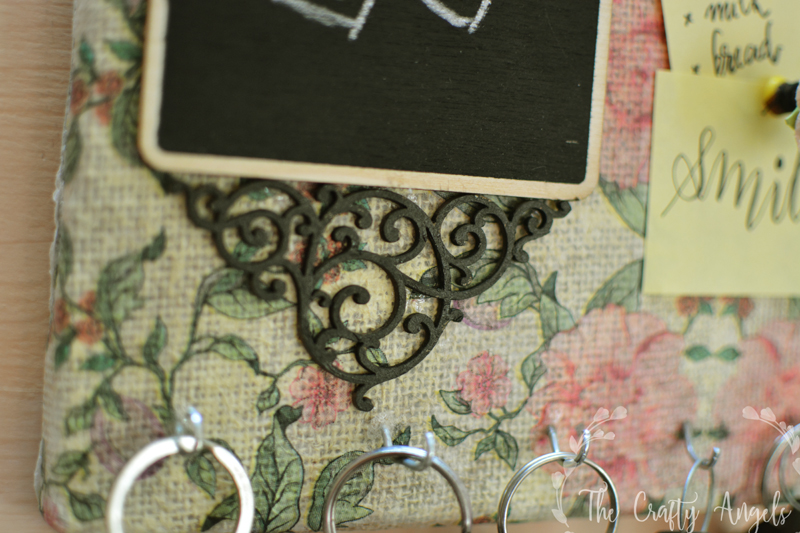 DIY Keyholder, DIY Key holder, how to make a key holder, entryway decor, diy entryway, entryway hacks, decor piece, burlap canvas craft, pinup board, diy pinup board, thecraftyangels, angelajose